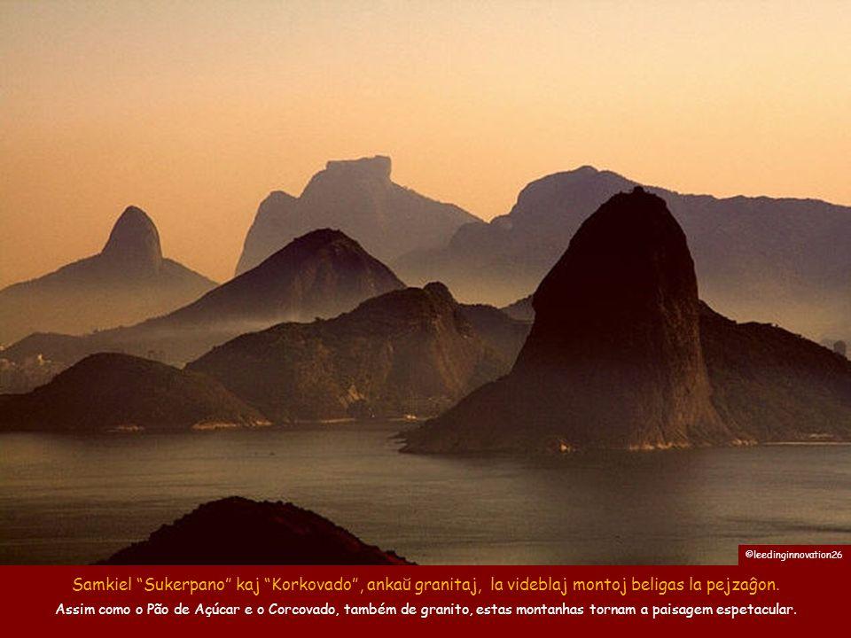 """La plejmulto el la montoj de Rio estas gigantaj granitoj el la plej diversaj formoj. Monto """"Du Fratoj"""" kaj Gavea ŝtonego A maioria das montanhas no Ri"""