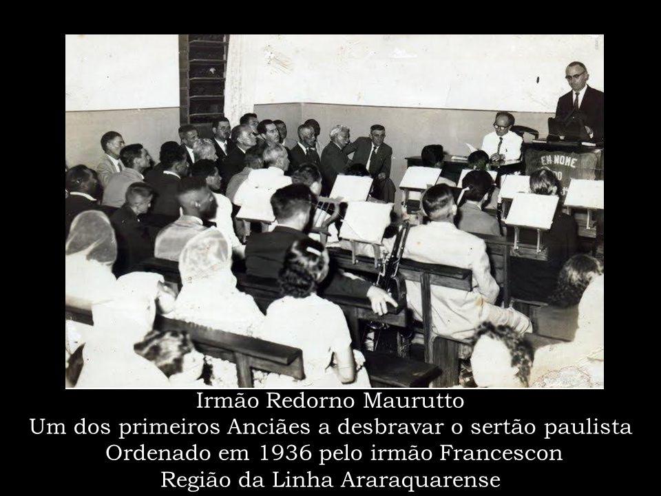 Batismo no rio em Jundiaí – década de 1940 O progresso da Obra de Deus no interior