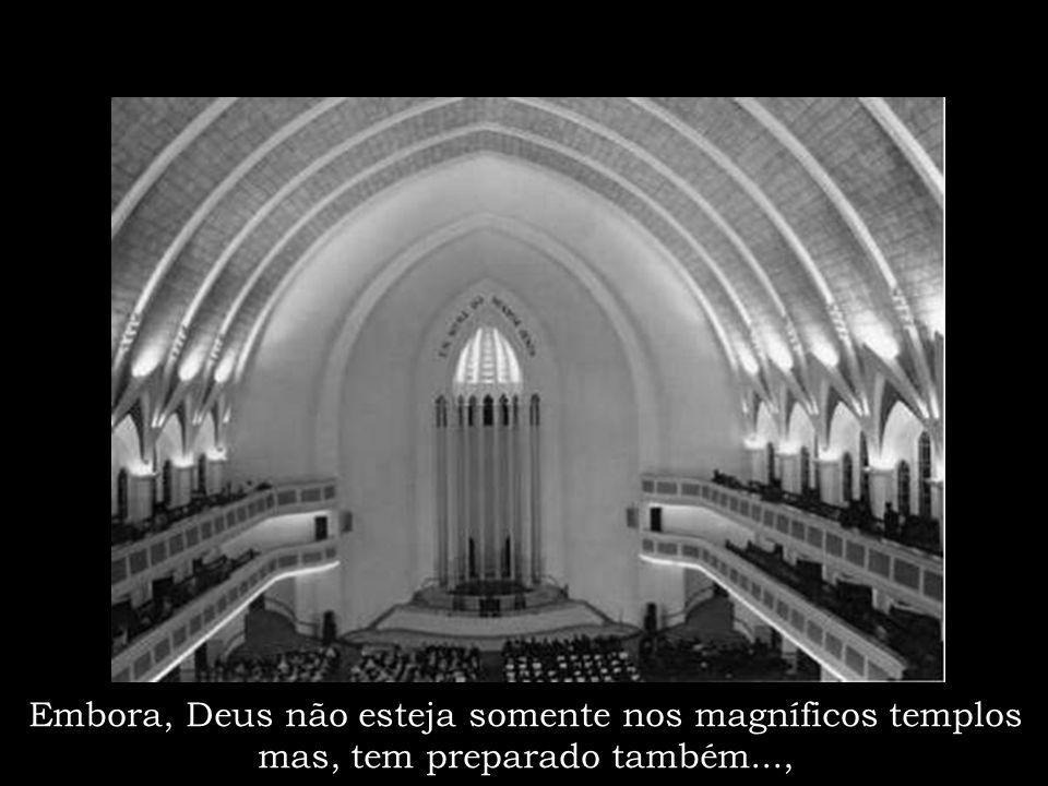 """Congregação de Curitiba """"Portão"""" Uma das mais belas arquiteturas contemporânea"""