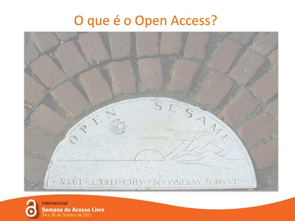 Open Access, Acesso Livre (ou Acesso Aberto ) significa a disponibilização livre na Internet de cópias gratuitas, online, de artigos de revistas científicas revistos por pares (peer- reviewed), comunicações em conferências, bem como outros resultados da actividade científica ou académica.