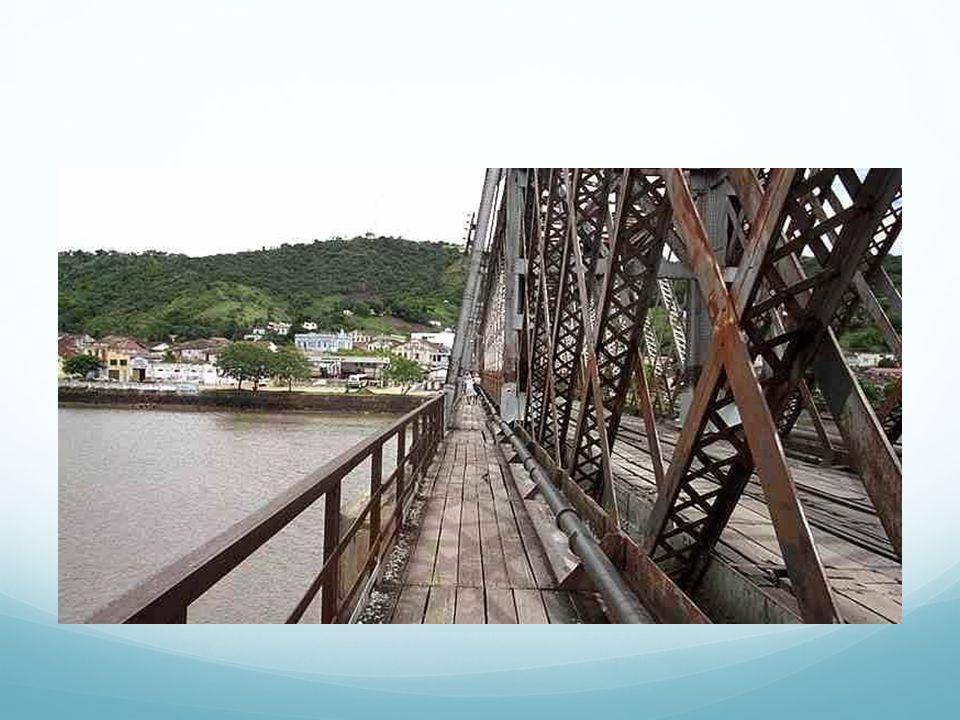 O problema Hoje o trem da FCA leva 1h15 para passar na ponte de 800 metros, caracterizando um estrangulamento.