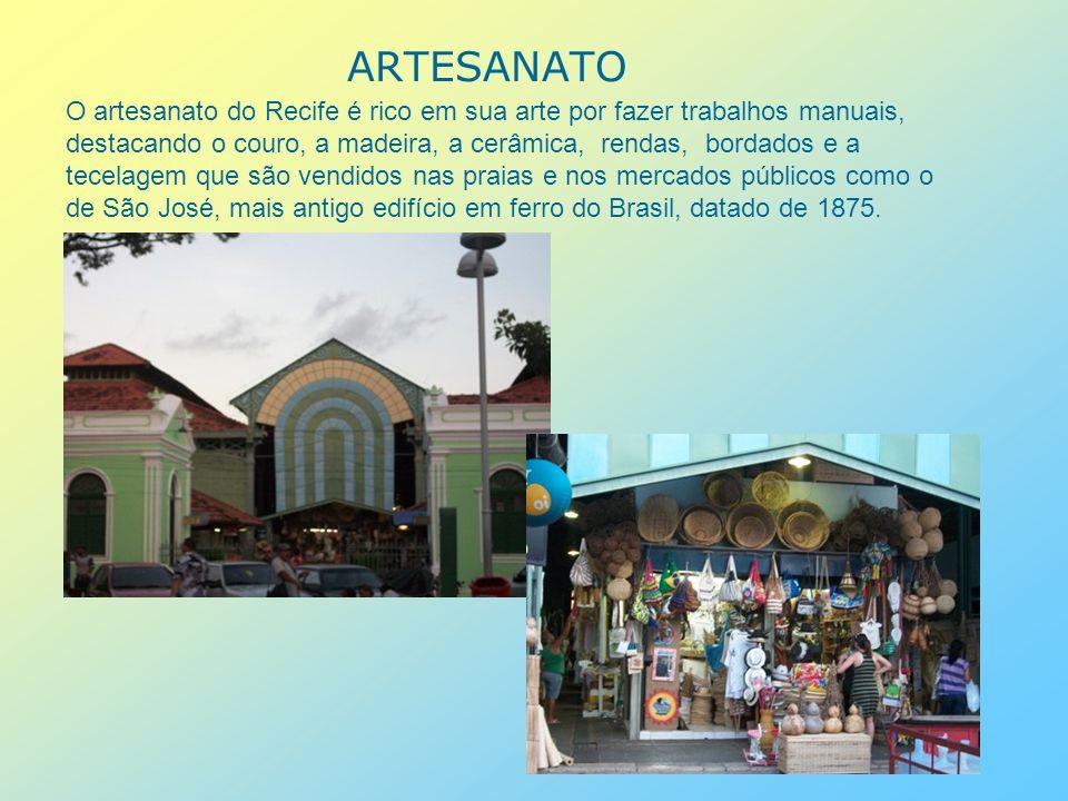 A FÉ, SUAS IGREJAS A capital tem uma vasta variedade religiosa, com influências da religião afro, católica e protestante.