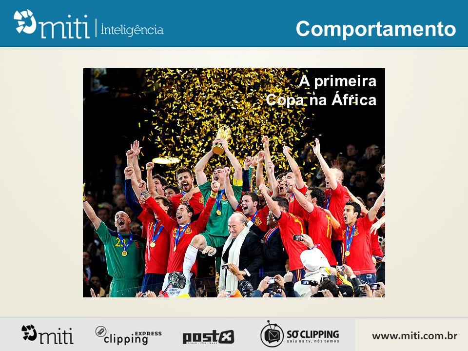 Copa do Mundo 2010 •Foi a primeira Copa plenamente integrada nas redes sociais, com comentários em tempo real dentro de Twitter e Facebook.