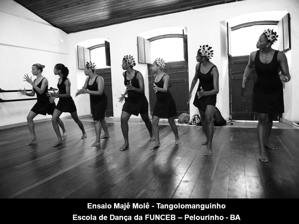 Ensaio Majê Molê - Tangolomanguinho Escola de Dança da FUNCEB – Pelourinho - BA
