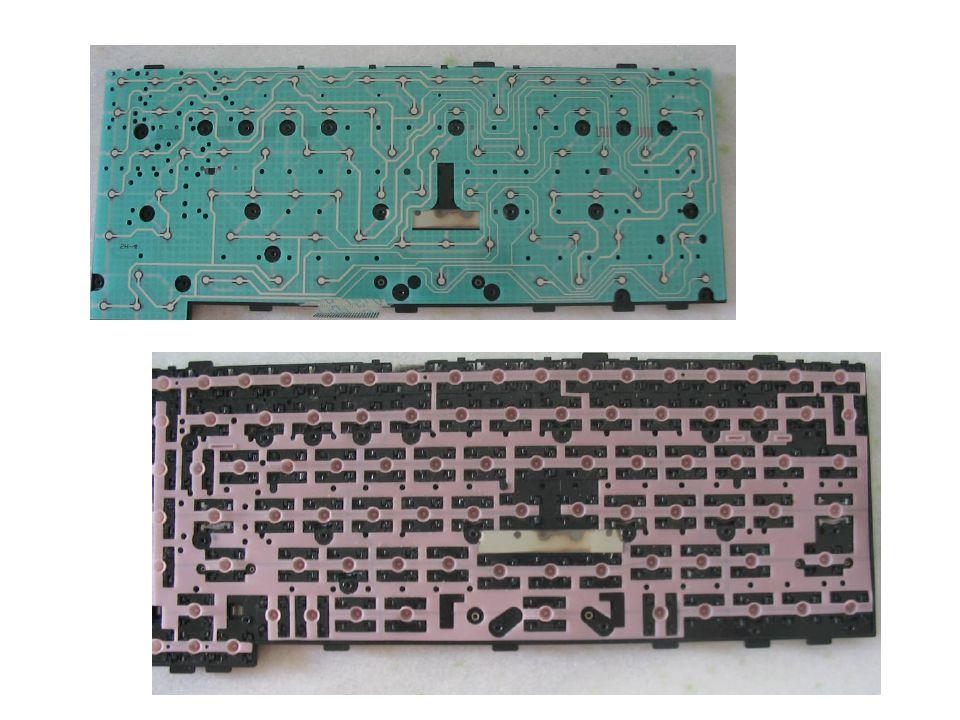 TESTANDO A PLACA INVERTER E A LÂMPADA A placa inverter tem a função de transformar a tensão contínua em tensão alternada para alimentar a lâmpada do LCD.