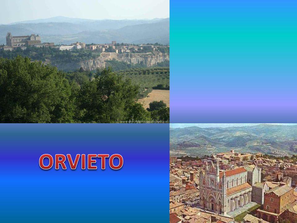 FAMÍLIA CIMINO • Conforme anteriormente mencionado, a família Cimino se concentrou principalmente no sul da Itália; • Nos slides seguintes, são apresentadas fotos das duas principais cidades do sul do país, quais sejam: NAPOLI e PALERMO.