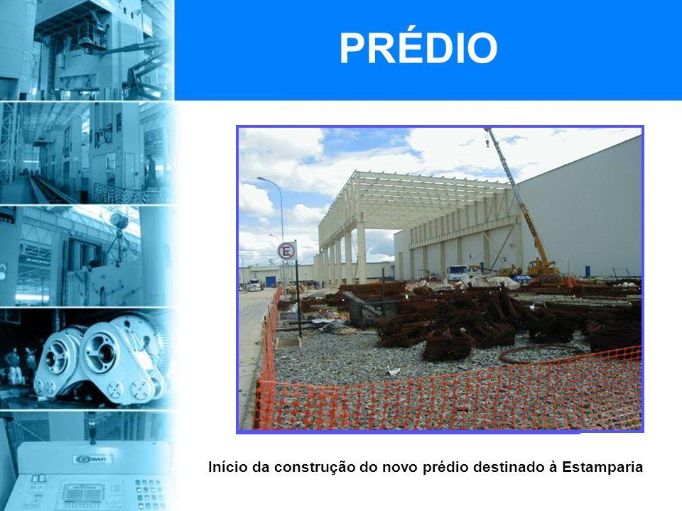 Início da construção do novo prédio destinado à Estamparia PRÉDIO
