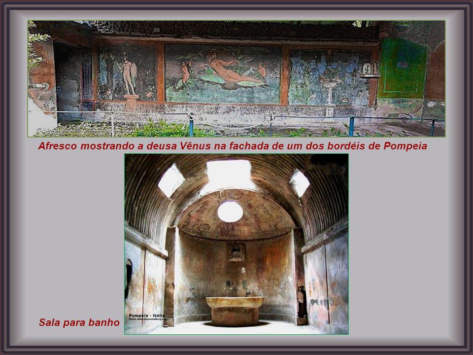 Eram amantes dos banhos públicos os romanos, na foto, os fornos para aquecer a água que se transformava em vapor.