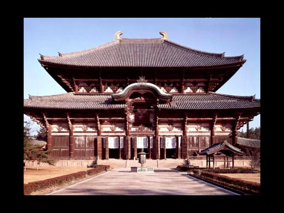 TEMPLOS E ORAÇÕES Os Budistas visitam mosteiros ou templos para pensarem em Buda e nos seus ensinamentos, e para celebrarem festividades. Os lares Bud