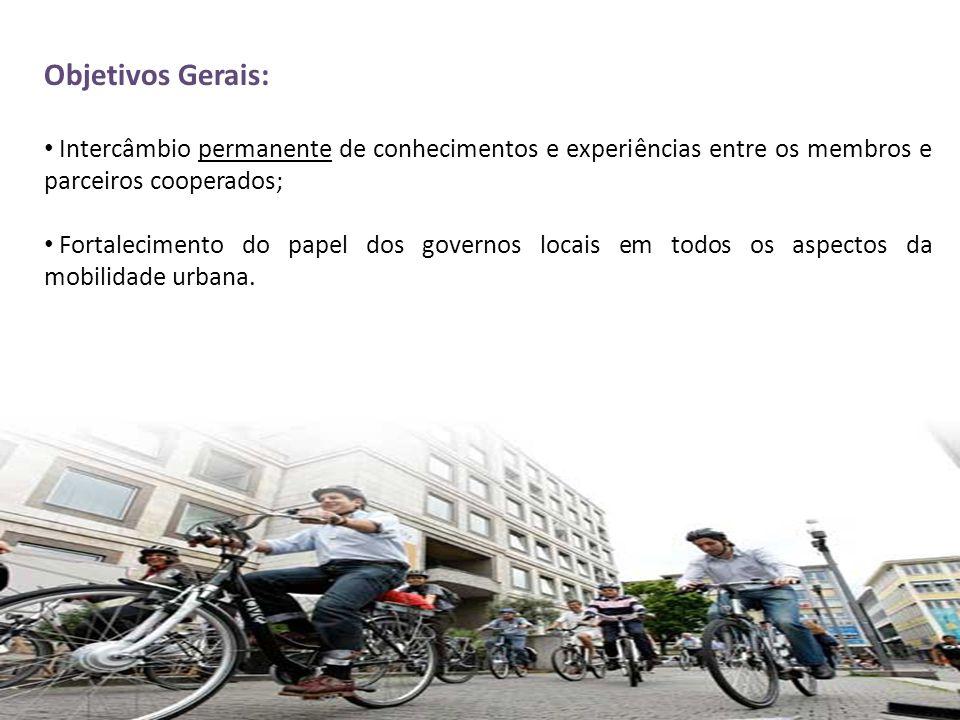 Objetivos Gerais: • Intercâmbio permanente de conhecimentos e experiências entre os membros e parceiros cooperados; • Fortalecimento do papel dos gove