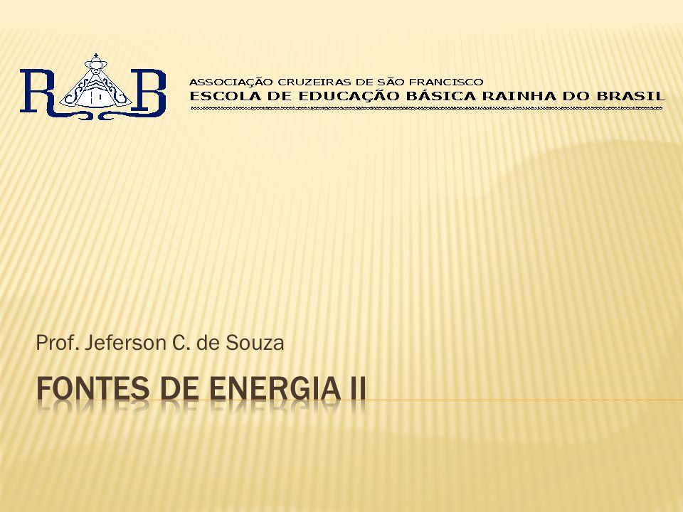 http://www.sedentario.org/internet/mapa-das-usinas-nucleares-ao-redor-do-mundo-38575 França: 58 usinas; EUA: 103 usinas.