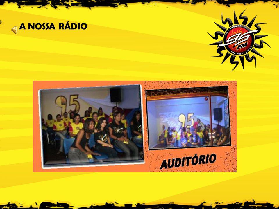 A NOSSA GRADE DE PROGRAMAÇÃO • TRILHA DO SUCESSO (13:00 às 17:00h) MUSICAL VARIADO - A mania da cidade.