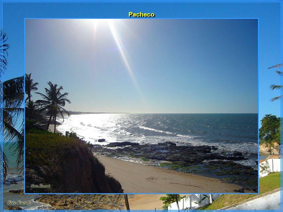Paracuru está a 84 km de Fortaleza – Litoral Oeste.