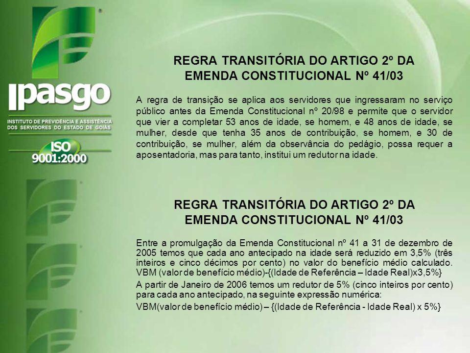 A regra de transição se aplica aos servidores que ingressaram no serviço público antes da Emenda Constitucional nº 20/98 e permite que o servidor que