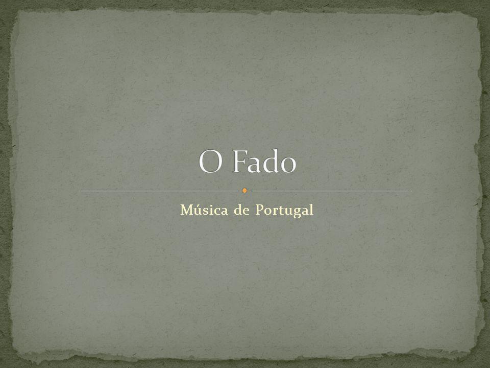  Estilo musical português  Cantado por uma só pessoa com uma guitarra ______ e guitarra _______