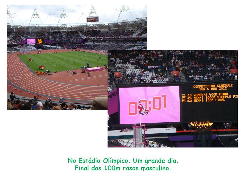 No Estádio Olímpico. Um grande dia. Final dos 100m rasos masculino.
