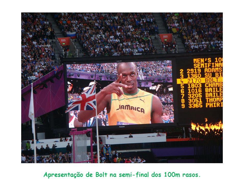 Apresentação de Bolt na semi-final dos 100m rasos.