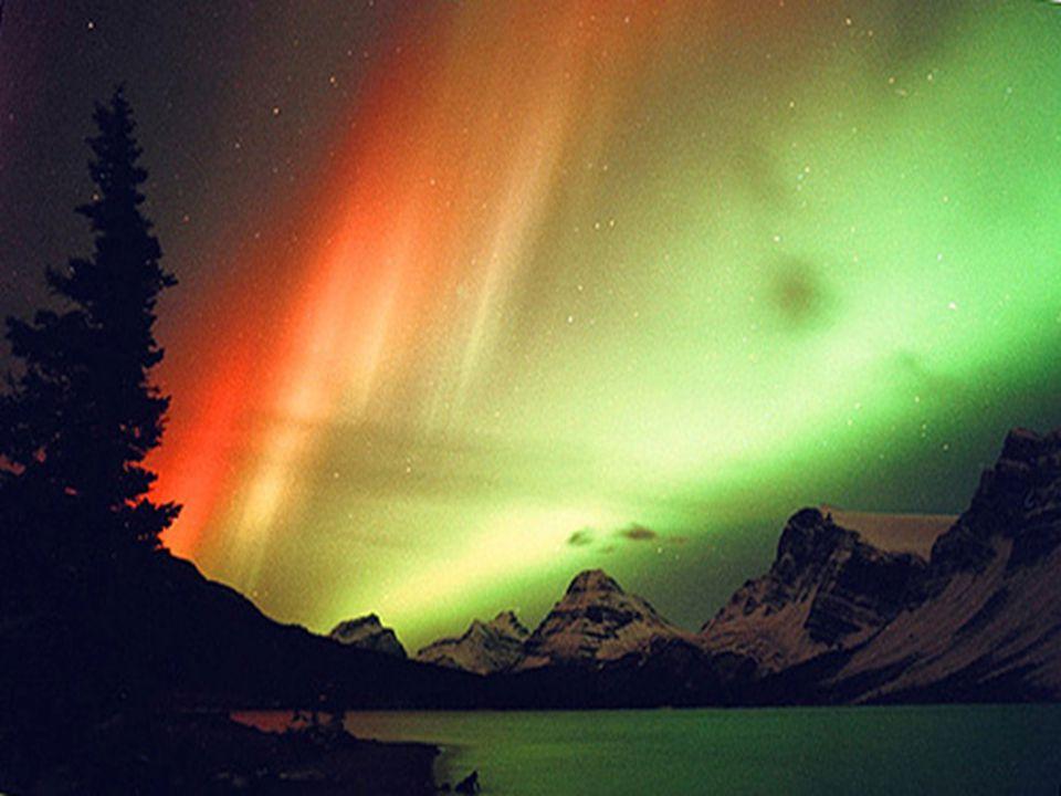 As auroras são tempestades magnéticas que ocorrem nas regiões polares.