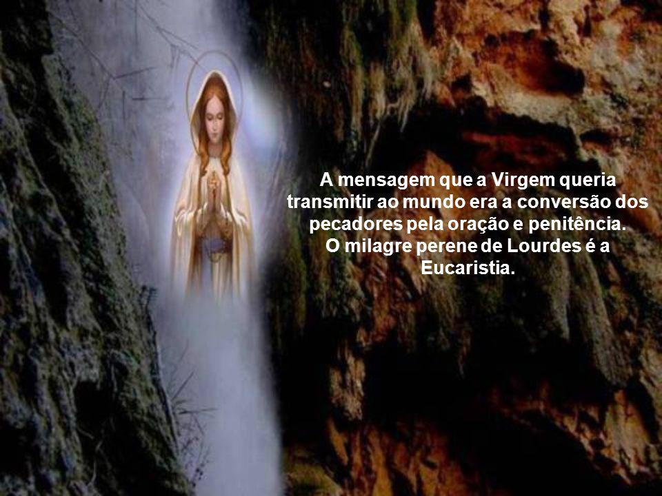 A mensagem que a Virgem queria transmitir ao mundo era a conversão dos pecadores pela oração e penitência.