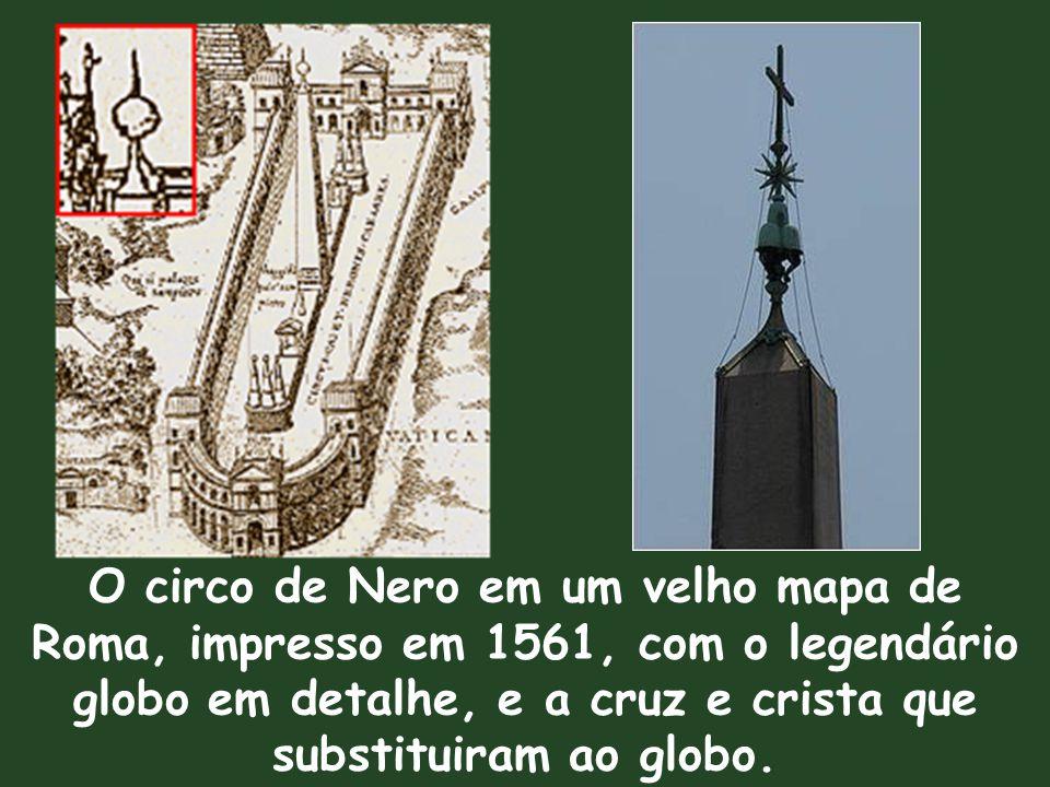 Foi o primeiro obelisco içado no período moderno e é o único em Roma que não caiu nos tempos romanos.