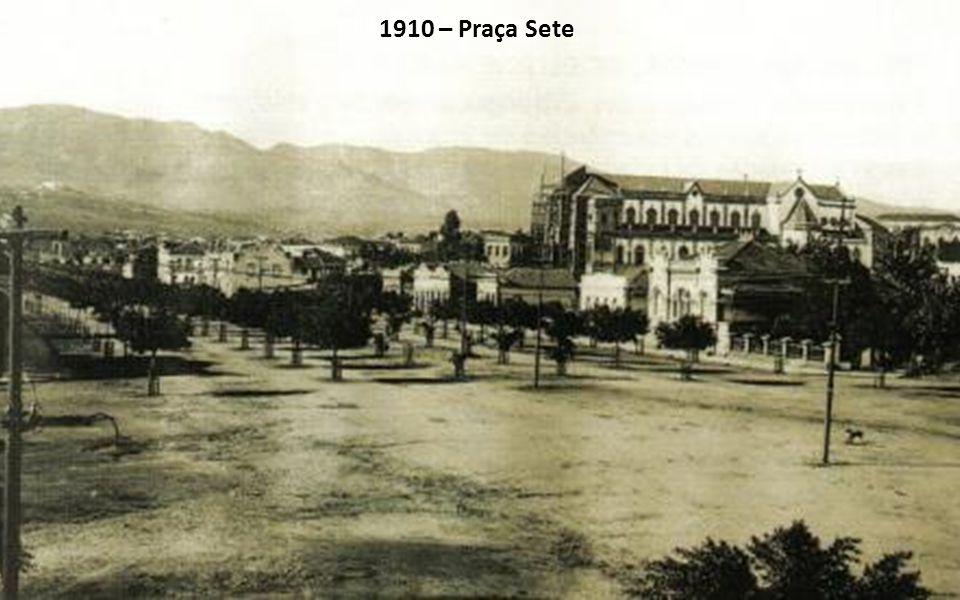 1910 – Praça Sete