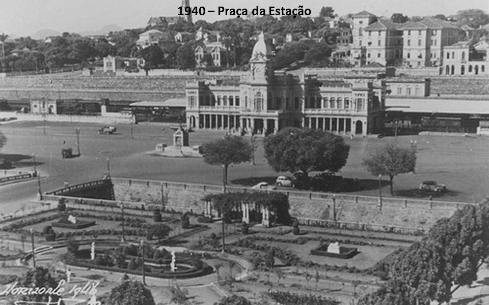 1940 – Praça da Estação