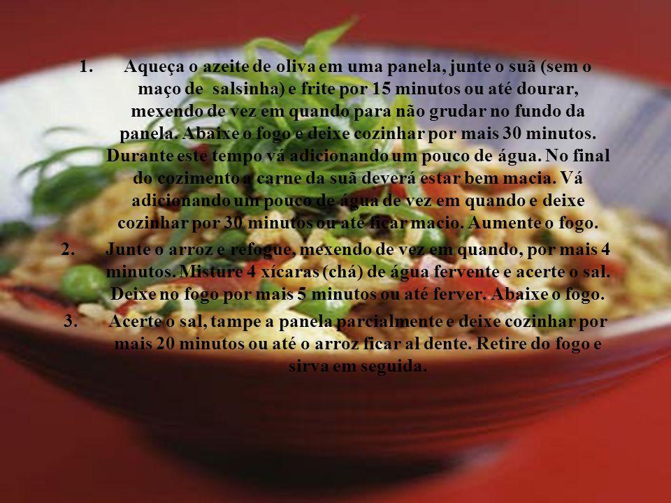 1.Aqueça o azeite de oliva em uma panela, junte o suã (sem o maço de salsinha) e frite por 15 minutos ou até dourar, mexendo de vez em quando para não