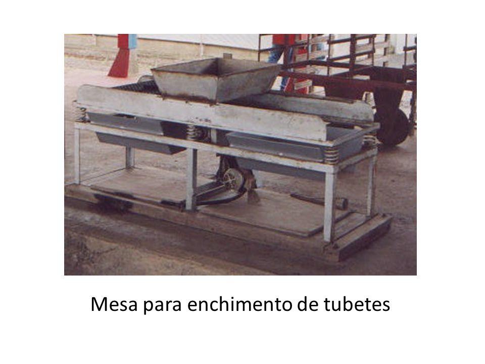 Mesa para enchimento de tubetes