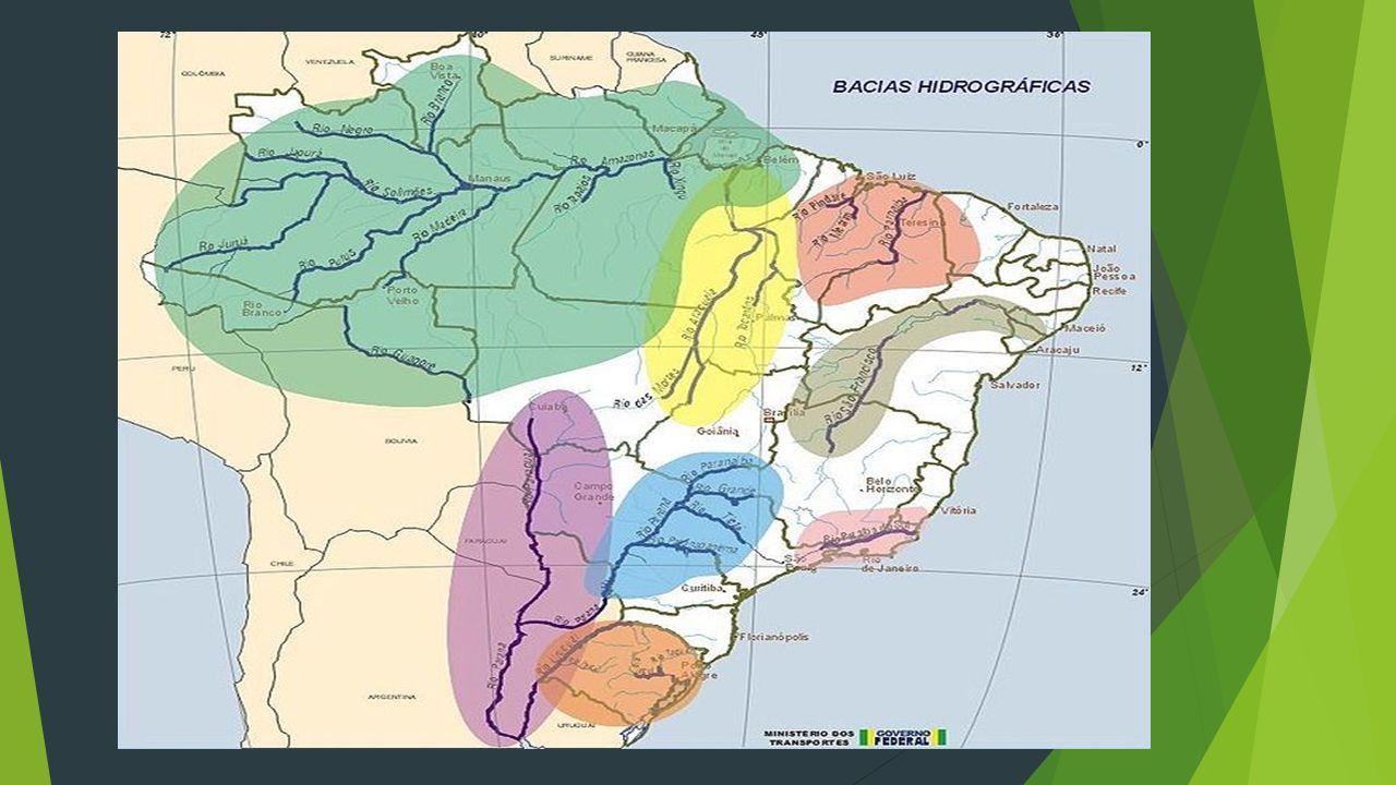  Bacia do rio Paraguai A maior bacia hidrográfica em extensão da região Centro-Oeste é a bacia do rio Paraguai, que nasce na Chapada dos Parecis, no Estado de Mato Grosso.