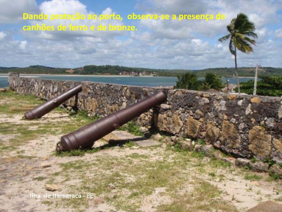 Ilha de Itamaracá - PE Forte Orange, construído pelos holandeses em 1631. tem um museu com fragmentos arqueológicos encontrados em escavações e painéi