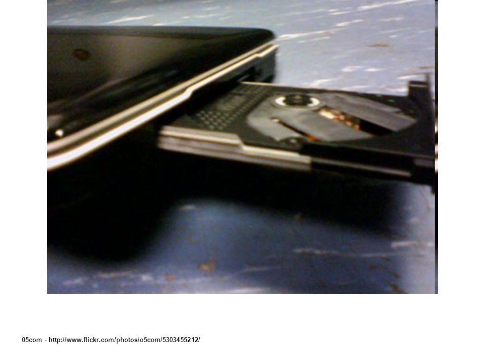 05com - http://www.flickr.com/photos/o5com/5303455212/