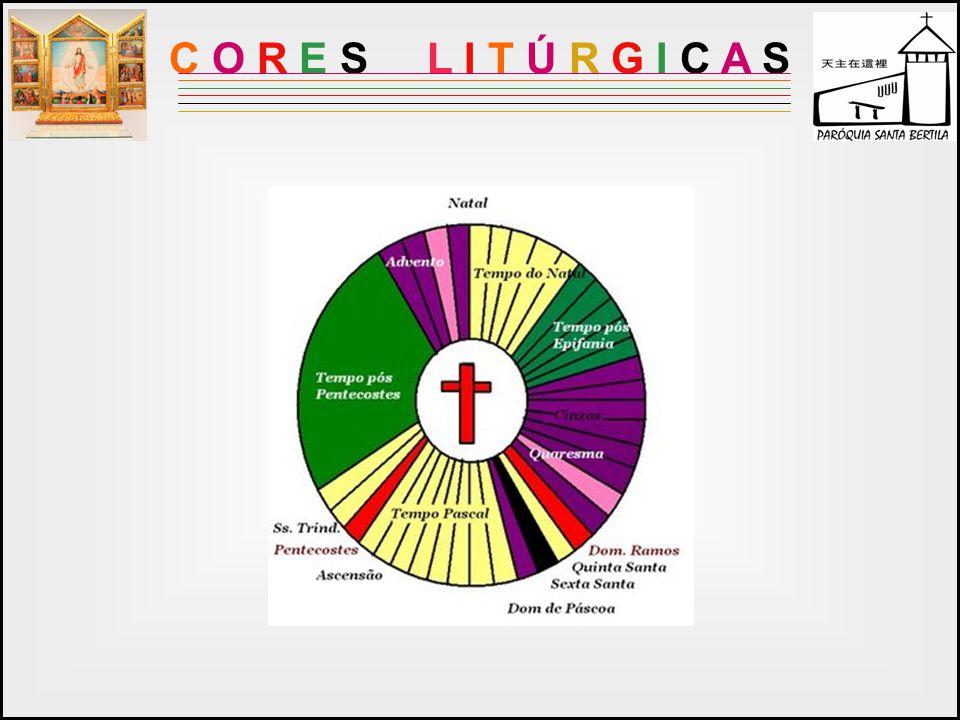 As diferentes cores das vestes litúrgicas visam manifestar externamente o caráter dos mistérios celebrados, e também a consciência de uma vida cristã que progride com o desenrolar do ano litúrgico.