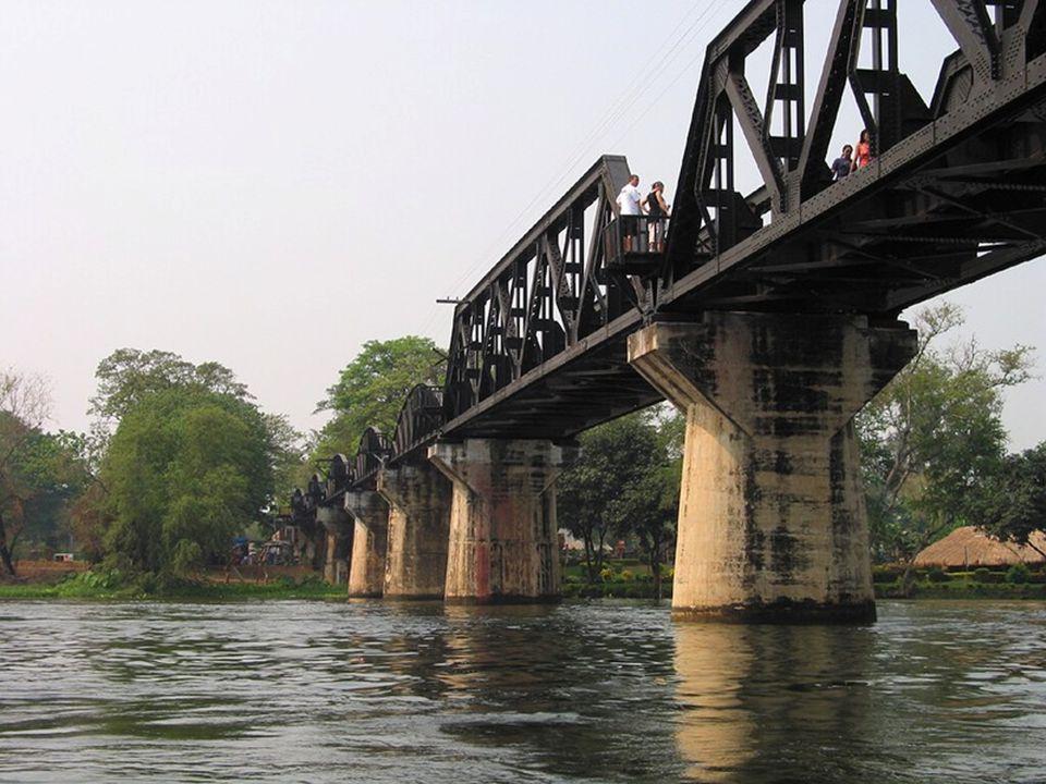 ENTER A necessidade de construir uma travessia sobre o rio Kwai Yai, a norte do lugar chamado Kanchanaburi Makkham, foi um dos maiores obstáculos na construção da ferrovia.