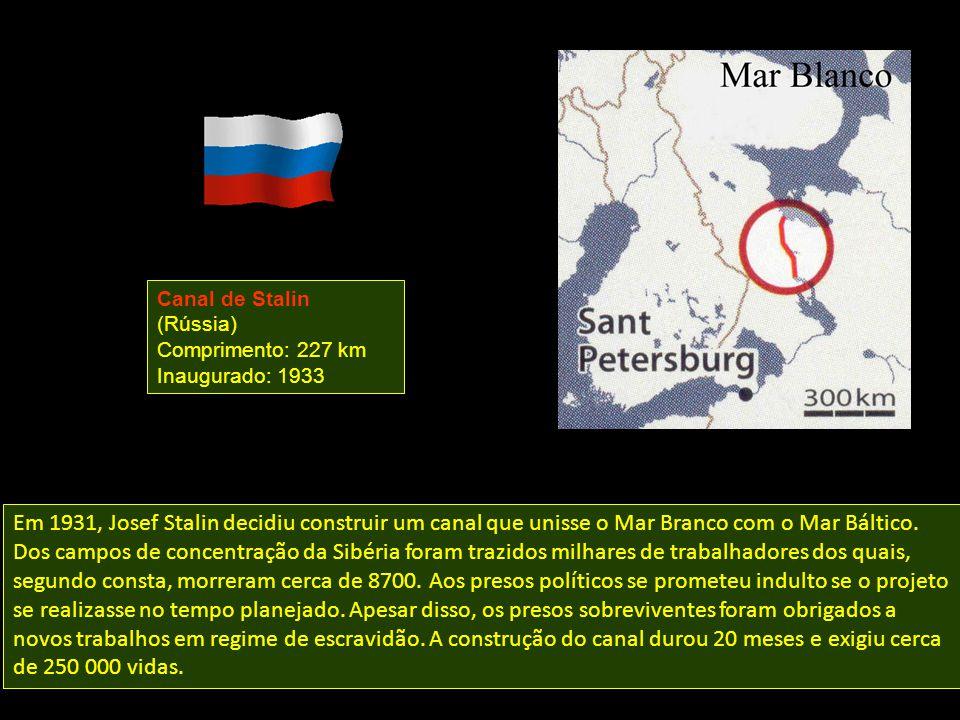Em 1931, Josef Stalin decidiu construir um canal que unisse o Mar Branco com o Mar Báltico.