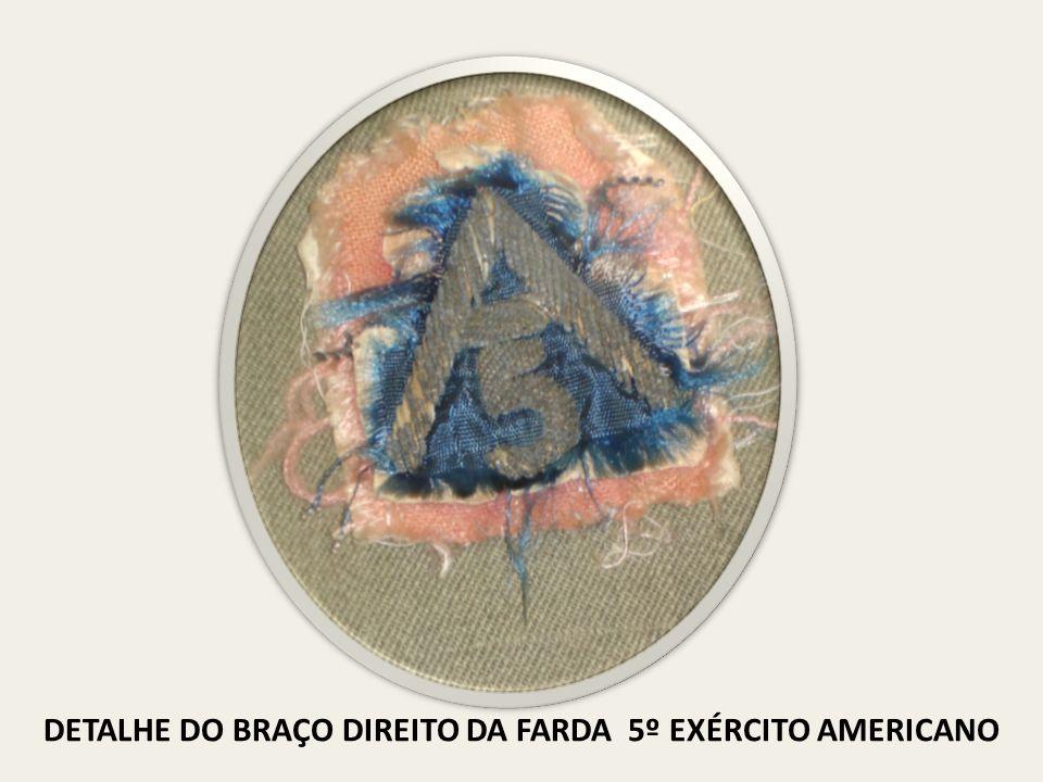 DETALHE DO BRAÇO DIREITO DA FARDA 5º EXÉRCITO AMERICANO