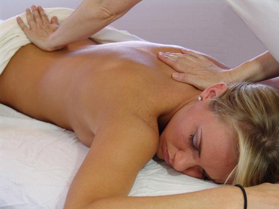 Veja agora o relax feminino em todo seu esplendor!