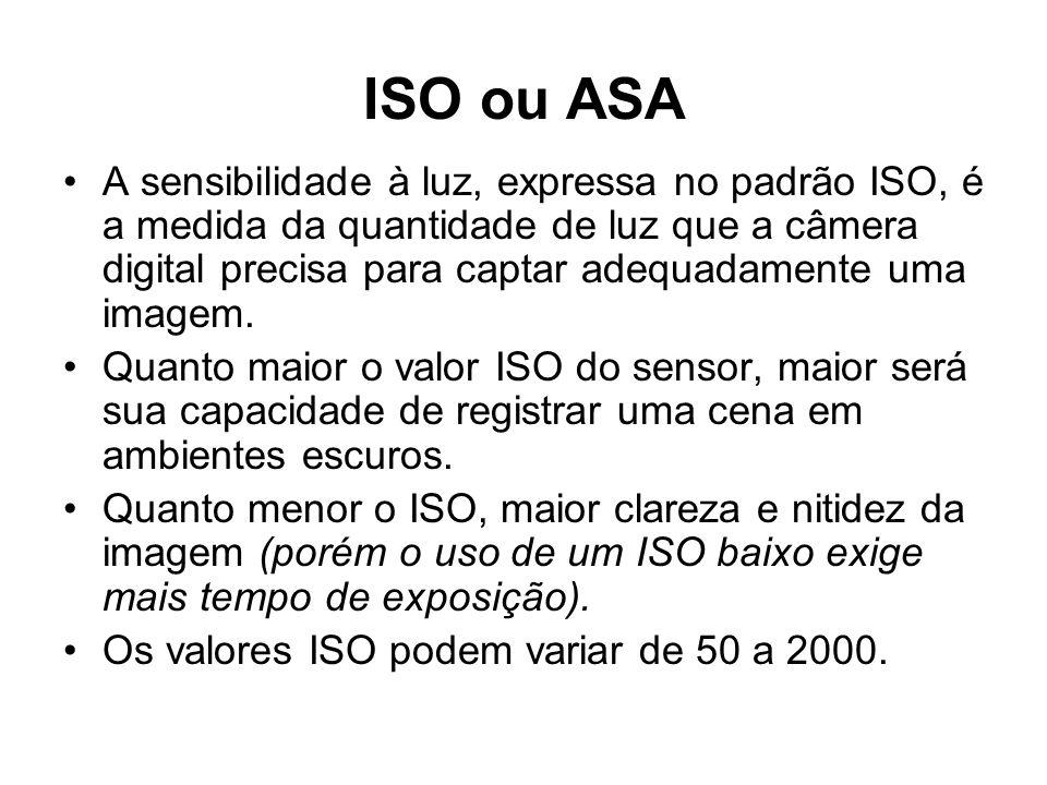 •A sensibilidade à luz, expressa no padrão ISO, é a medida da quantidade de luz que a câmera digital precisa para captar adequadamente uma imagem. •Qu