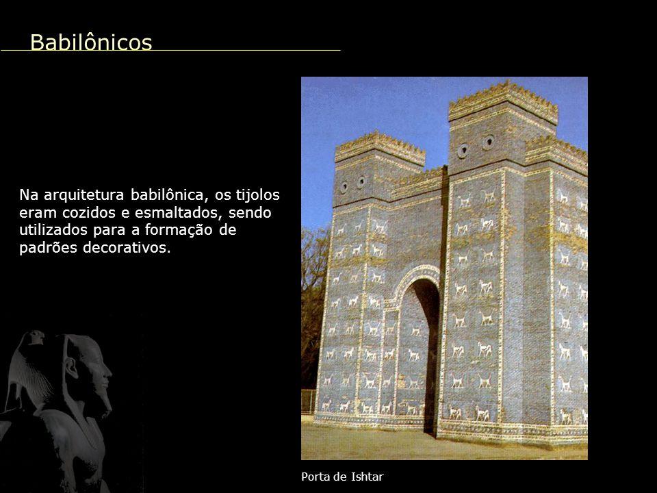 Pirâmide de Gizé A arquitetura se destaca pela construção das pirâmides, túmulos destinados aos faraós.