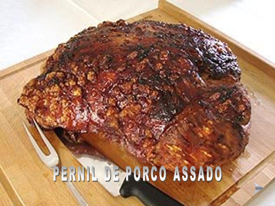 MODO DE FAZER A SOPA ESPECIAL DE LENTILHAS À MODA ALEMÃ Ingredientes para 4 pessoas: 200g de lentilhas secas, 100g de bacon, 3 colheres (sopa) de óleo