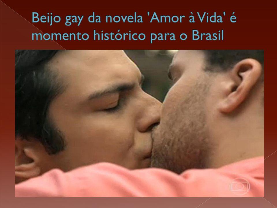  Era um romance improvável: Félix e Niko!  Mas quando os dois homens se beijaram no final da novela