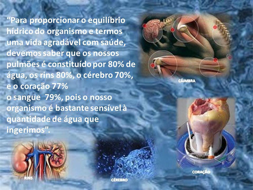 Essa massa muscular nos adultos varia de 70% a 75% do peso corporal, sendo esta constituída por 73% de água e a percentagem de tecido adiposo envolve