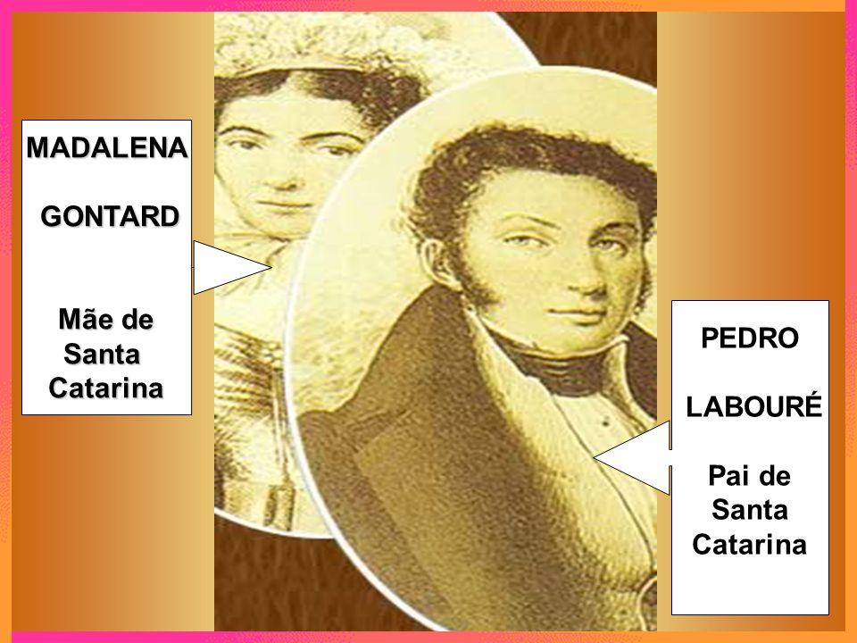 2 Quando tinha apenas nove anos, Catarina perdeu a mãe.