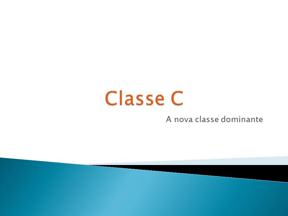  Classe A: mais de R$10.900 (20 salários mínimos)  Classe B: de R$ 5.450 a R$ 10.900 (de dez a 20 salários)  Classe C: de R$ 1.635 a R$ 5.450(de três a dez salários)  Classe D: de R$ 545 a R$ 1.635 (de um a três salários)  Classe E: até R$ 545 (um salário) Fonte> Fonte: (*) Salário base para o cálculo, R$ 545.