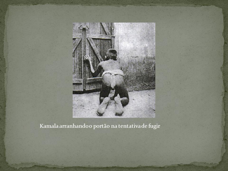 Kamala arranhando o portão na tentativa de fugir