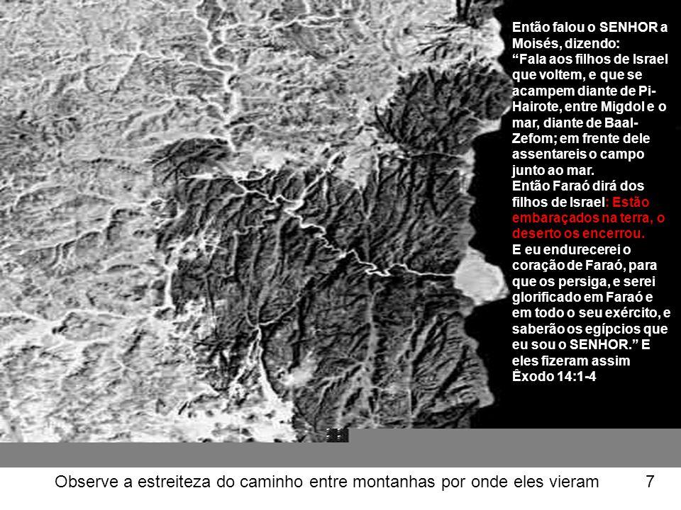 Acima: Podemos ver como a terra caiu em torno dos lados da arca 68