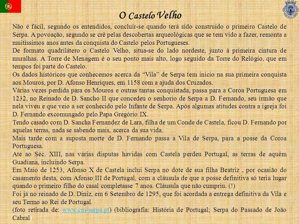 Não é fácil, segundo os entendidos, concluir-se quando terá sido construído o primeiro Castelo de Serpa. A povoação, segundo se crê pelas descobertas