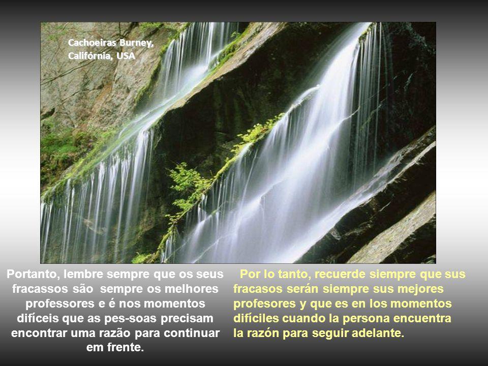 Cachoeiras Burgess Falls, Tennessee, USA E devemos aproveitar todas as oportunidades que a vida nos dá para nos aprimorarmos como pessoas.