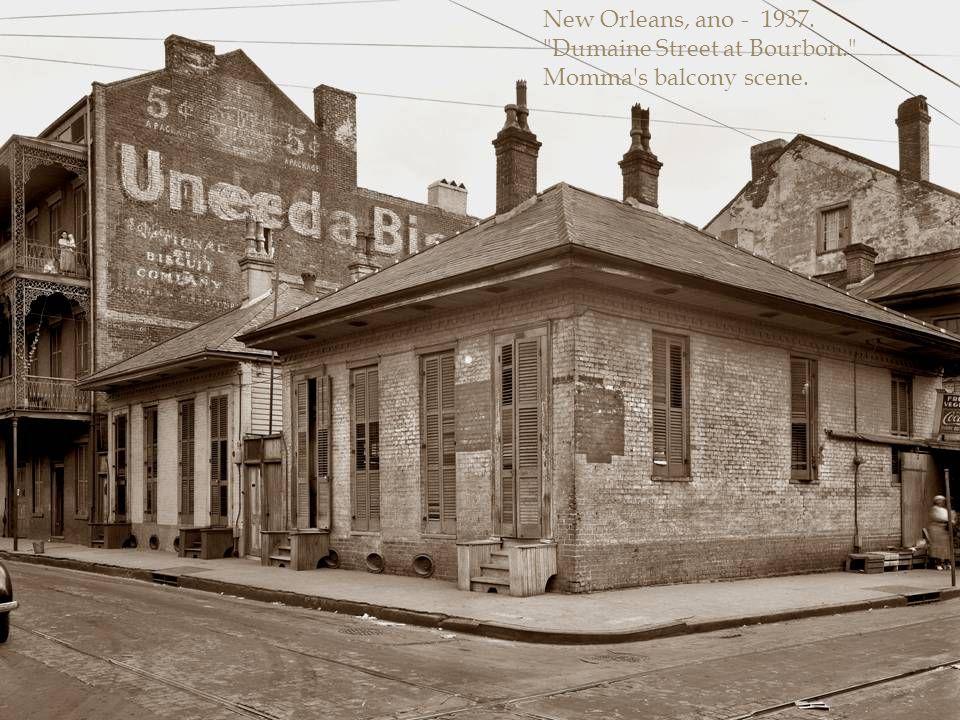 """Nova Orleans, 1937. """"Le Pretre Mansion"""", 716 Dauphine Street"""