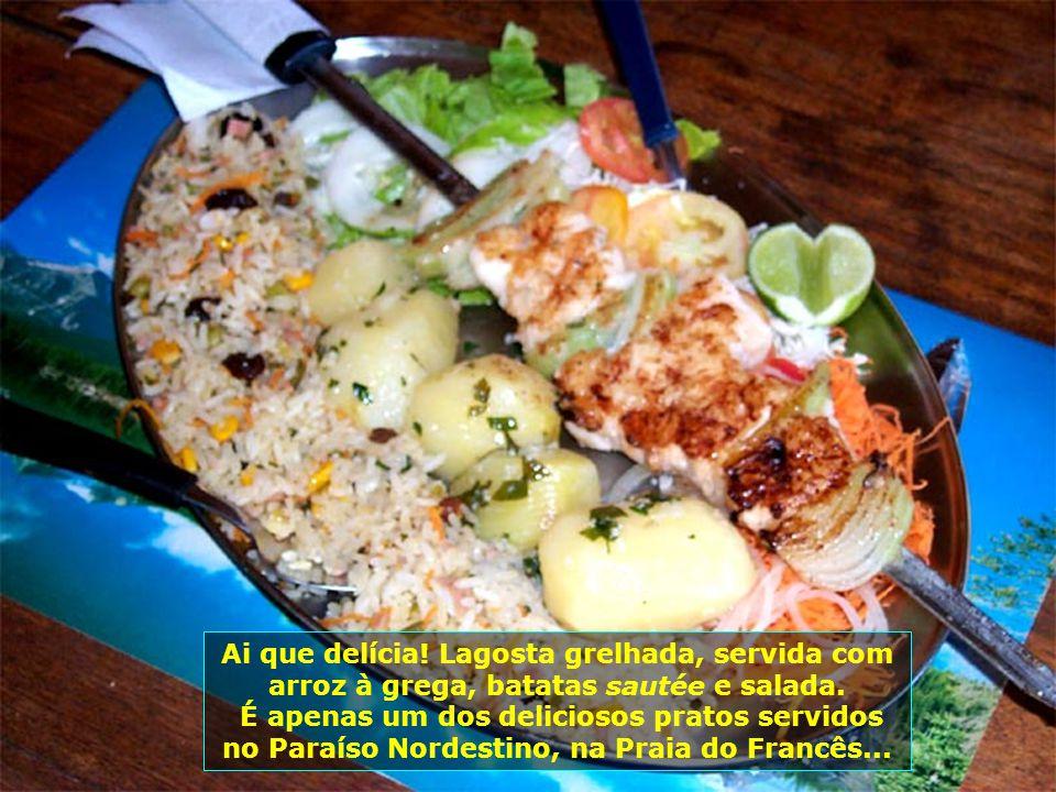 O destaque é o Restaurante Paraíso Nordestino, especializado em frutos do mar, que oferece pratos saborosos...