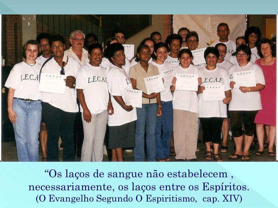 De todos nós, trabalhadores e eternos aprendizes da AEC, nosso sincero MUITO OBRIGADO, a vocês, Rubem e Zenilda, pelo exemplo constante de coragem, fé, amor e CARIDADE!